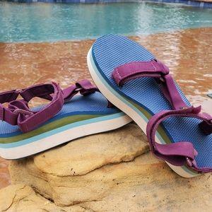 Women Teva Arch Support Sandals on Poshmark